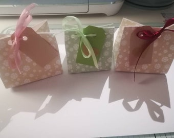 12 gift bags 2.5inch pretty floral patterned papers