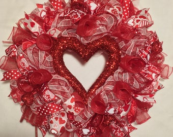 Valentine Wreath, Valentine wreaths, Valentines Day Wreath, Valentine Wreaths, Valentine's Day wreath, Heart wreath, red and white Valentine