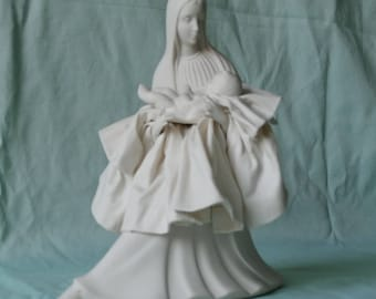 Collectible Madonna & Child Figure, Matte White Porcelain, Sculpture, Home Decor, Mother, Mary, Figurine, Statue, Religious,