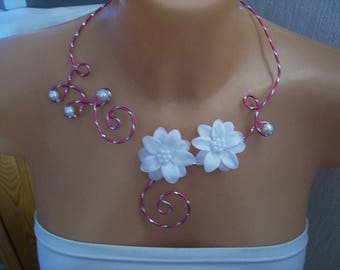 hot pink and white wedding bridal Necklace (or ivory) satin evening flower diamond effect engraved aluminum wire parties ceremony