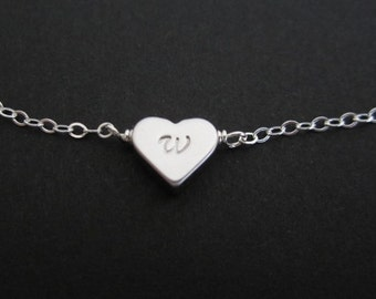Personalized Heart Bracelet. Initial Bracelet. Silver Heart Jewelry.Bridesmaid Jewelry.Friendship Bracelet.Gift for Her.Dainty Layer Jewelry