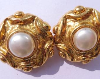 Vintage Jacky De G Made in France Clip On Earrings.