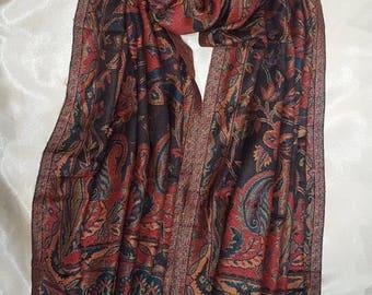 Jamawar Shawl / Stole. Beautiful luxurious feel, Vibrant, Colourful Indian Scarf. Warm feel. Autumn Wardrobe. Pashmina. Ideal Gift.