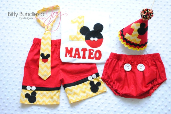 Mickey Mouse Smash Cake: Mickey Mouse Birthday & Cake Smash Outfit Including Free
