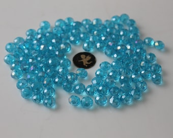 40 turquoise blue faceted round 8 mm glass beads - jewelry