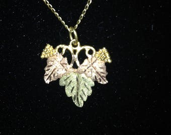 10K Black Hills Gold Leaf Grapes Necklace