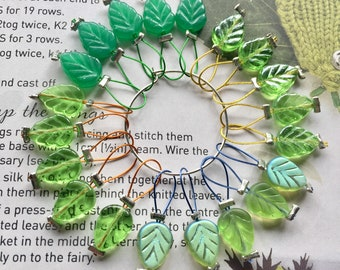 20 Knitting stitch markers Spring Leaves