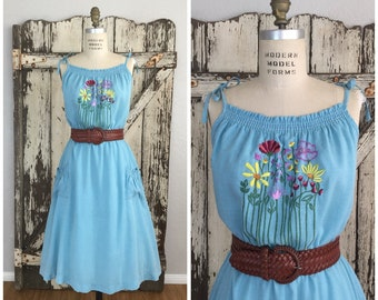 Vintage 1970s Light Blue Floral Embroidered Spaghetti Straps Sundress Medium Large