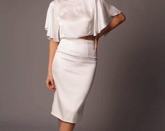 Madrid Top: Simple Elegant Flutter Sleeve Crop Top