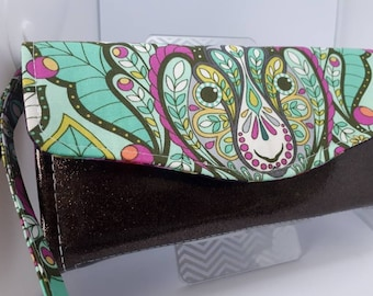Sparkle and shine, vinyl and cotton wallet/wristlet