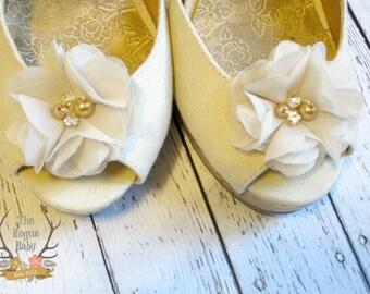 Pale Tan / Dark Cream Chiffon Flower Shoe Clips. Wedding Bride Bridesmaid Flower Girl Pearl Rhinestone Bridal