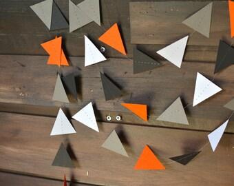 Orange, blanc, gris et noir Fox Woodlands Triangle Tribal guirlande, guirlande géométrique Pow Wow pour les décors, crèches, fêtes, etc.!