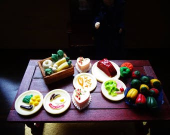 Selection of Vintage 60s Barton Plastic Dolls House 10 Miniature Plates of Food, Classic British Dishes Dolls House See Altered and Invented