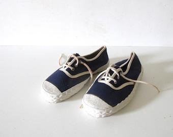 Chaussures - Bas-tops Et Baskets Le Couronne QTVtOG