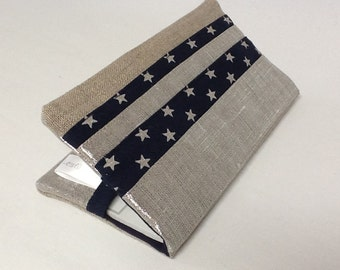 Beige and navy check book holder, in natural linen, iridescent linen, with stars / Checkbook case in navy blue and silver, stars, in linen