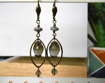 BOUCLES GRISES perles en verre