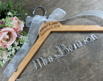 Hangers with Names - Engraved Hangers - Last Name - Personalized Name - Hanger Wedding - Shower Gift - Bridal Hangers - Wooden Hangers