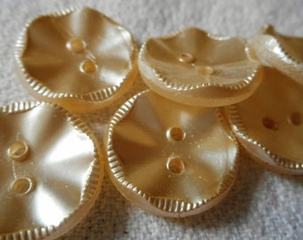 Set of 6 VINTAGE Frosted Ruffle Cream Sew Thru Glass BUTTONS