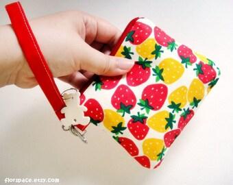 ON SALE Ms Strawberry MidiZ Wristlet