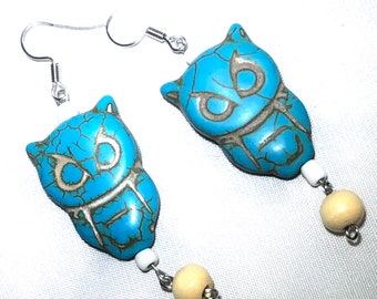 Owl blue and beige stone with bead