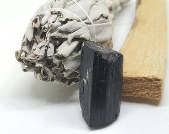 Cleanse and Purify -  Smudging bundle with Palo Santo, Sage and Black Tourmaline