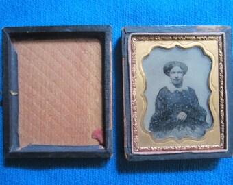 Antique Civil War Era Ambrotype of Attractive Woman in Case