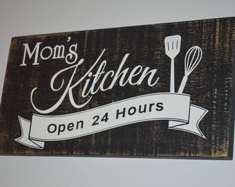 Mom's Kitchen Rustic Painted Wood Sign Kitchen Sign Country Kitchen Sign Farmhouse Kitchen Sign Barnboard Kitchen Sign County Decor