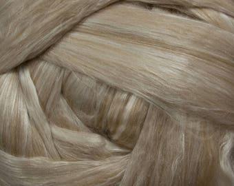 Baby Camel/Silk Blend Fiber for Spinning