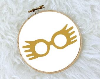 """Harry Potter Luna Lovegood Glasses 4"""" Hanging Wall Hoop Gold Foil"""