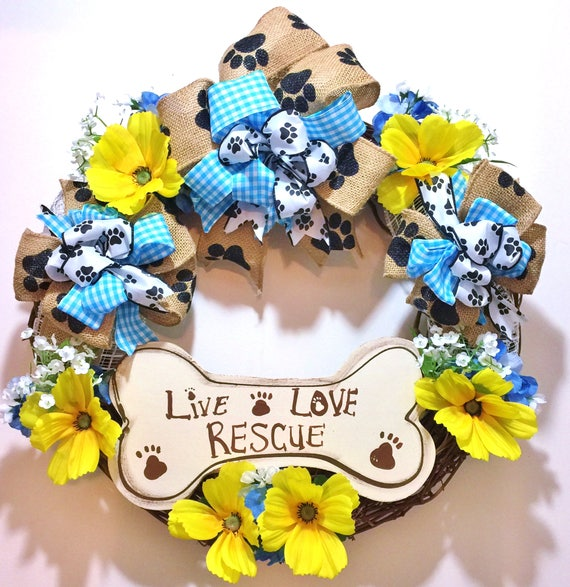 Live Love Rescue Dogs Cats Bone - Welcome Door Wreath