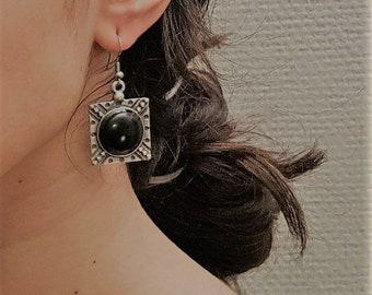 Vintage GaniK GBO5 earring