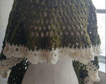 Short/long green cape