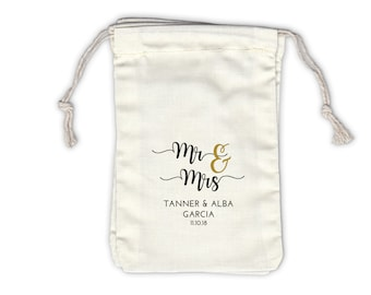 Mr and Mrs Personalized Cotton Bags for Wedding Favors in Black and Gold - Ivory Fabric Drawstring Bags - Set of 12