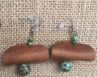 Leather earrings, boho earings, handmade earrngs, dangle earrrings