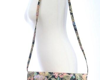 Vintage 1980s Floral Timothy Hitsman Shoulderbag Purse/ Spring summer purse/ May flowers/vintage shoulderbag/ floral carpetbag