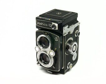 Yashica-12 medium format 6x6 TLR camera with 80mm Yashinon lens and leather case