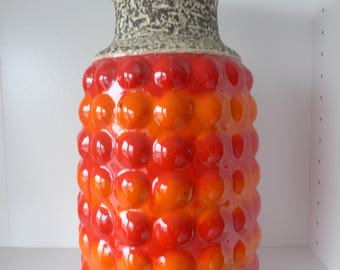 A Beautiful Bay XL Bubble Vase with Formnumber 64-40, West Germany 1970.