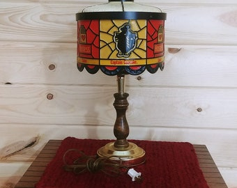 Hostess Tilt Lamp
