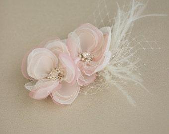 Blush wedding hair comb, flower hair comb, bridal hair comb, Bridal hair piece, Flower headpiece, Bridal hair accessories, wedding hairpiece