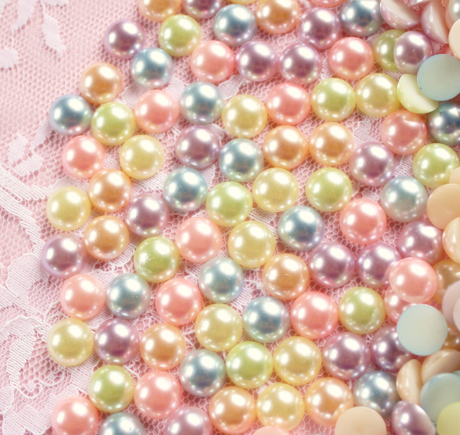 and background sizes different shells pastel pearls chic with necklace shapes colorful photo pea of sea beautiful