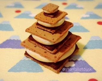 Miniature food S'mores for dolls, BJD food