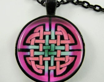 CELTIC SHIELD KNOT Necklace -- Classic Celtic shield knot in pink, Gift for her, Endless Celtic knot