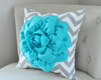 Blue Throw Pillow - Turquoise Dahlia on Gray and White Zigzag Pillow -Chevron Pillow- Toss Pillow Modern Pillow - Home Decor - Pillow cover