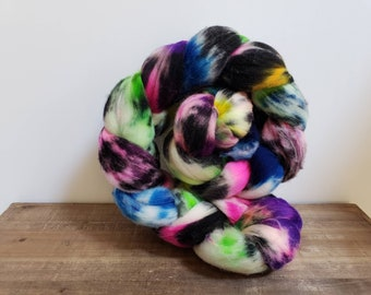 Superwash Targhee- USA- Organic- combed- wool top- roving- 4oz- Hand Painted-Hand Dyed- Space Unicorn