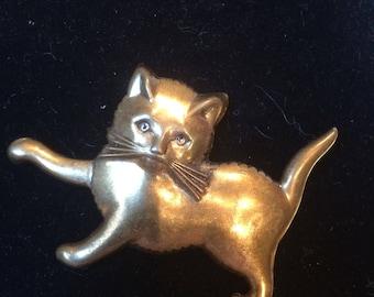 Vintage 1940's Goldtone Brass kitty Cat pin Brooch