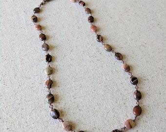 Mauve Knotted Necklace