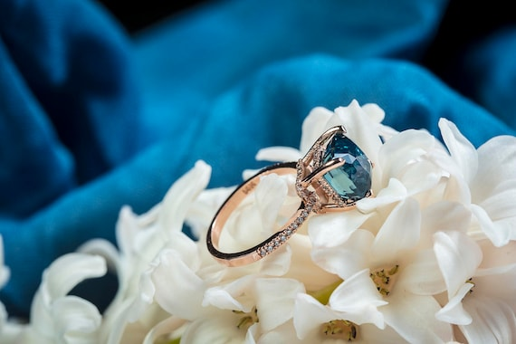 Engagement ring Teal sapphire ring Peacock Blue Green sapphire ring 3ct Blue Green Sapphire cushion engagement ring 14k rose gold ring