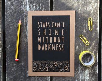 Sterne leuchten können, ohne Dunkelheit Postkarte, inspirierende Postkarte, inspirierenden Zitaten, psychischen Postkarte, typografische Postkarte