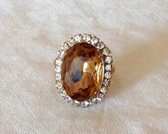 Beautiful Vintage smoked topaz   rhinestone ring