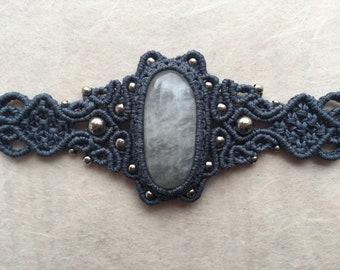 Macramé Bracelet with Moonstone